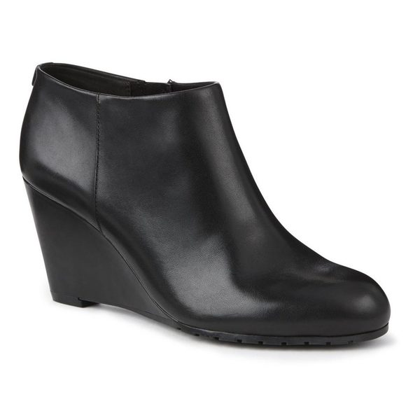 Sears.ca  Take Up to 65% Off Clearance Shoes for Men   Women + FREE Shipping  on All Orders ce4fe2469